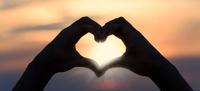 Frasi romantiche e profonde per emozionarsi con le parole